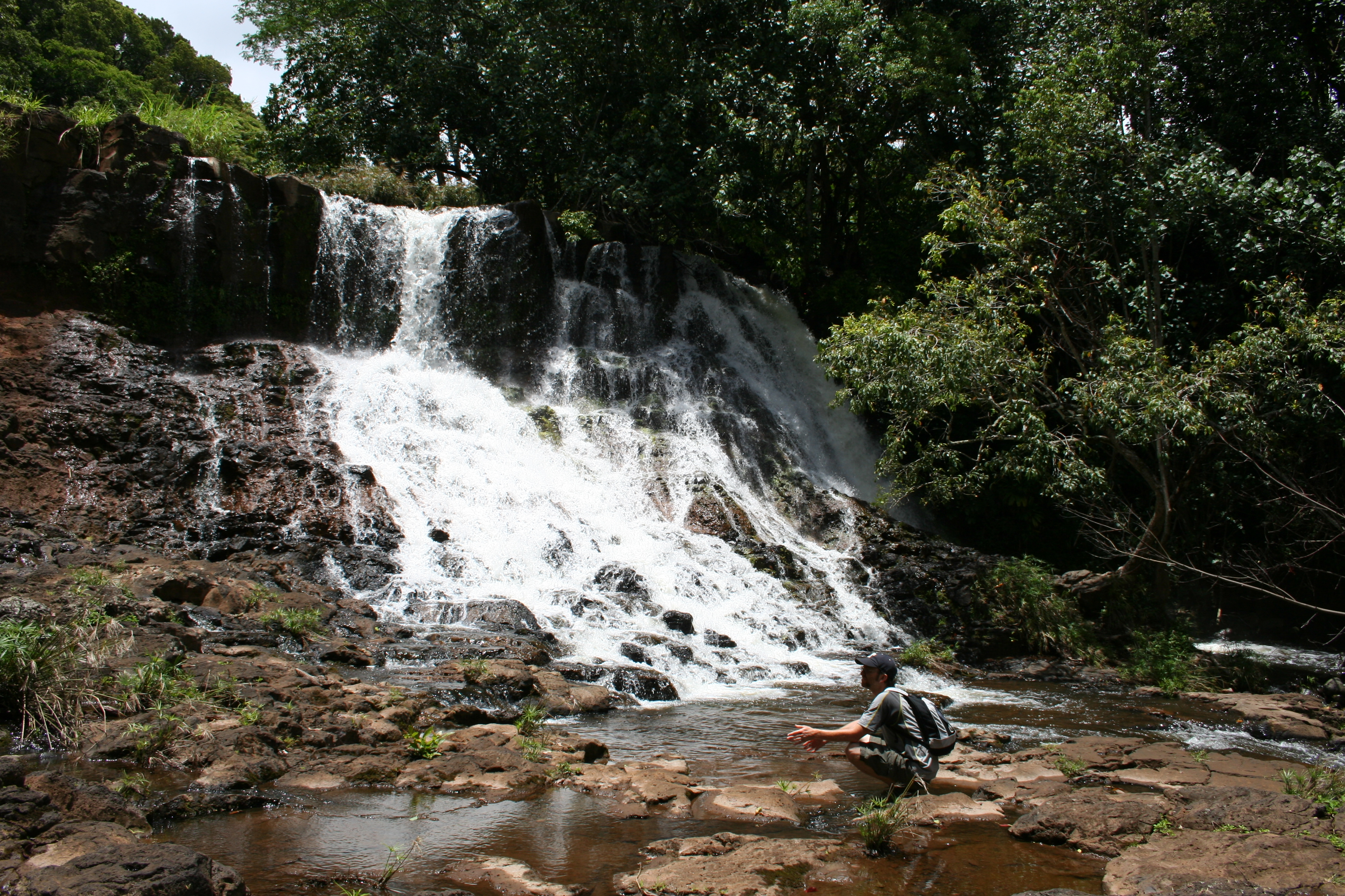 Hikerly Ho Opi I Falls Hike 2 2 Miles 563 Feet
